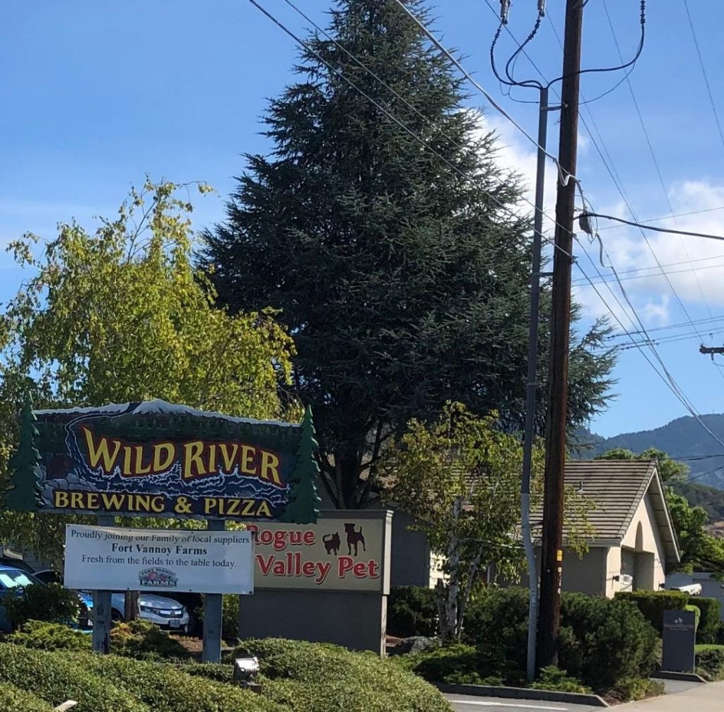 Brews And Pizza On The Wild Side Rogue Valley Magazine
